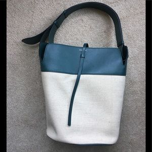 RARE Burberry tote with detachable inner purse